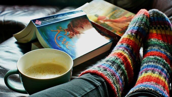 Teplé ponožky knížka a čas