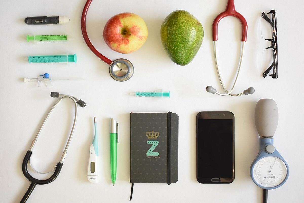 Zdravá strava a lékařské potřeby.
