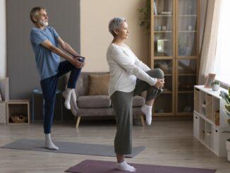 Cvičení s Veronikou Stropnickou Žilkovou. Jak vstávat správně - zdravě z postele.