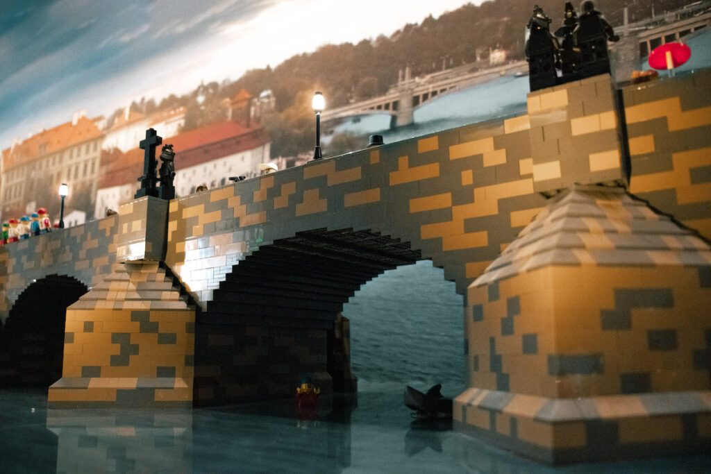 Karlův most z Lega.