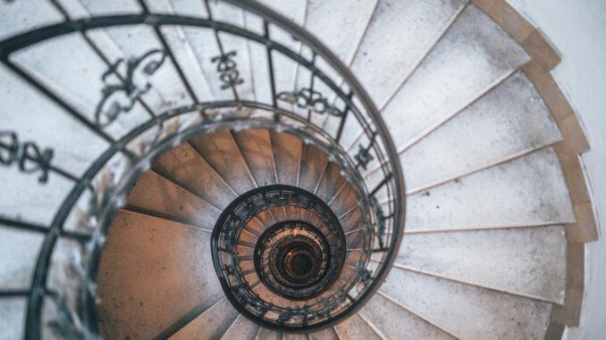 Točité schodiště.