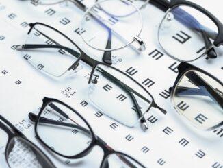 Brýle.